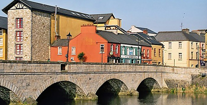 The Wild Atlantic Way golf tour: Enjoy your stay in Ballina Town