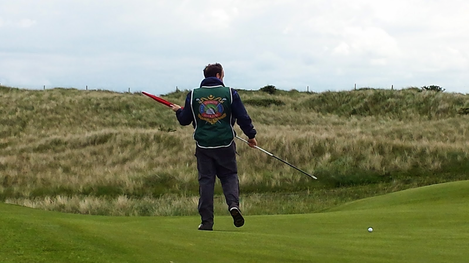 Ireland Golf Courses - To caddie or not to caddie?